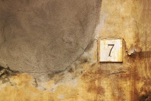 Comment interpréter la symbolique du chiffre 7