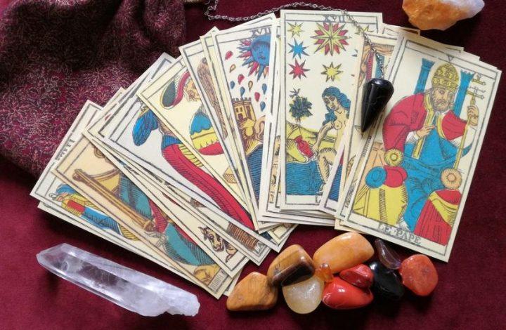 Quel est le meilleur jour pour se tirer les cartes?